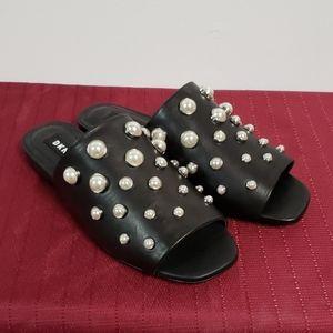DKNY Sandals Black Pearl